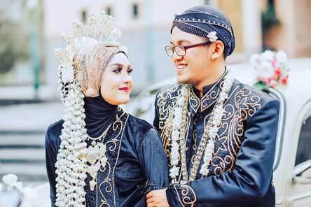 Pengantin Solo Putri Hijab